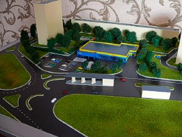 Model of the road junction near the store